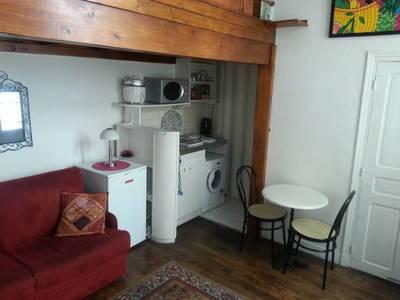 Location meublée studio 15m² Paris 4E - 1.000€