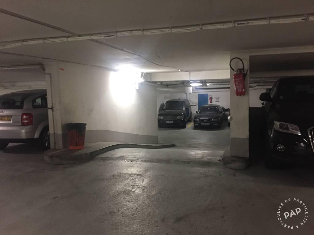 location garage parking paris 4e 190 e de particulier particulier pap. Black Bedroom Furniture Sets. Home Design Ideas