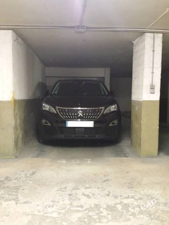 Location garage parking 11 m nice 06 11 m 155 e for Garage parking nice
