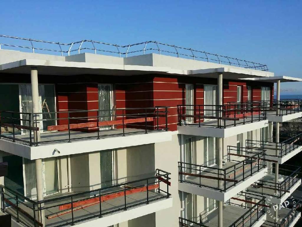 Location appartement 3 pi ces 68 m saint laurent du var for Piscine 06700