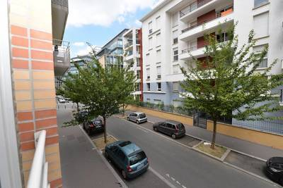 Location appartement 2pièces 44m² Saint-Ouen (93400) - 1.140€