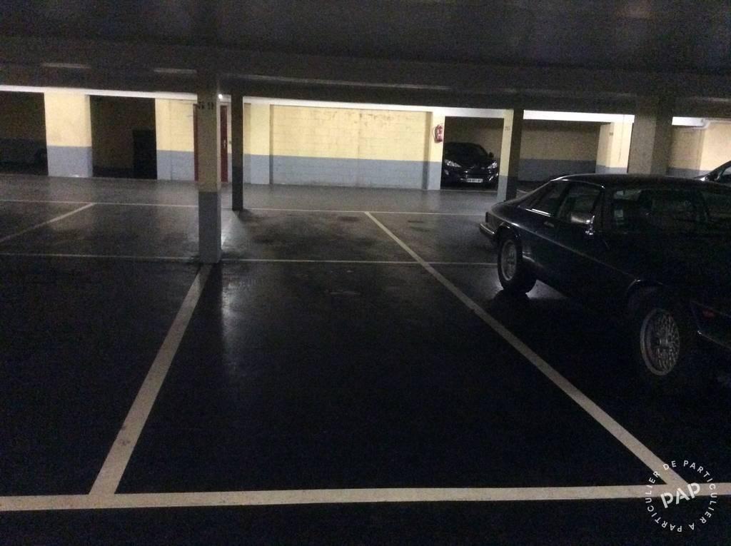 Location garage parking rueil malmaison 92500 89 e for Garage toudic rueil