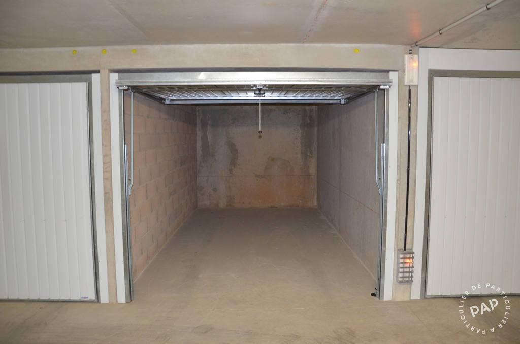 location garage parking marseille 8e 110 e de particulier particulier pap. Black Bedroom Furniture Sets. Home Design Ideas