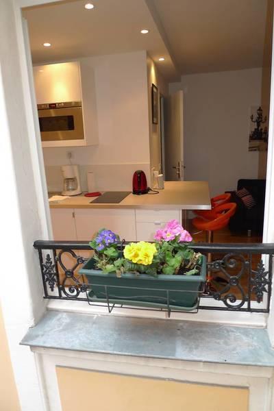 Location meublée appartement 2pièces 24m² Paris 2E - 1.180€
