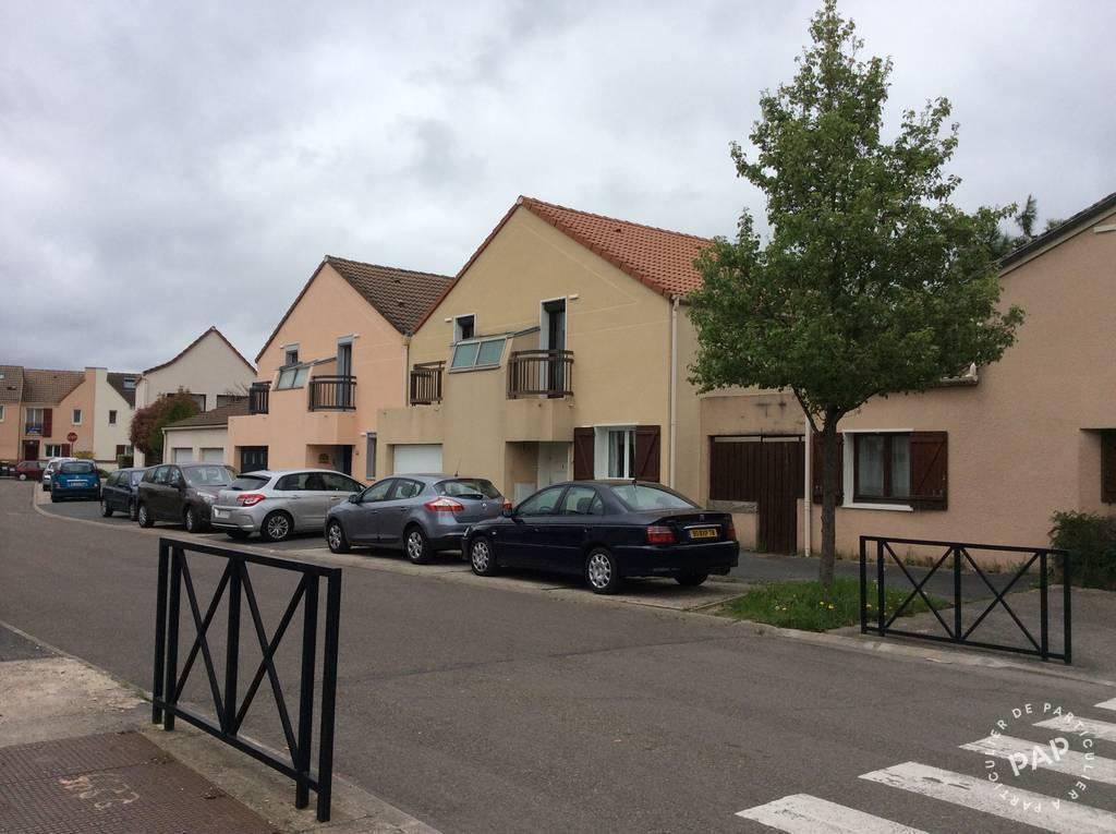 location maison 90 m montigny le bretonneux 78180 90 m e de particulier. Black Bedroom Furniture Sets. Home Design Ideas