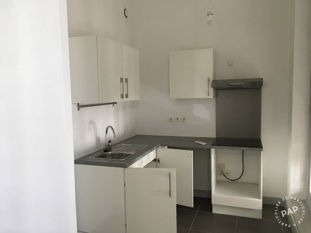 Appartement Marseille 6E 885 €