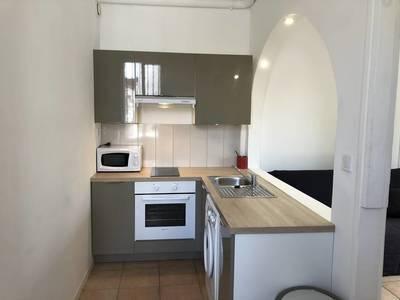 Location meublée studio 33m² Quartier Facultés - Boutonnet - Montpellier Centre - - 700€