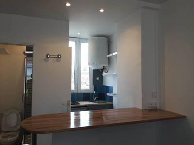 Location meublée studio 18m² Paris 20E - 750€