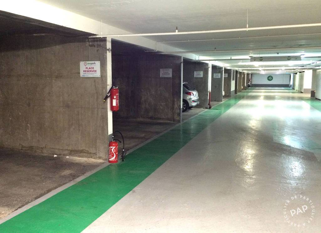 Location garage parking paris 15e 100 e de for Garage volkswagen paris 15
