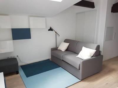 Location meublée studio 26m² Bourg-La-Reine (92340) - 910€