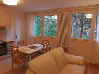 Location meublée appartement 2pièces 46m² Paris 16E - 1.930€