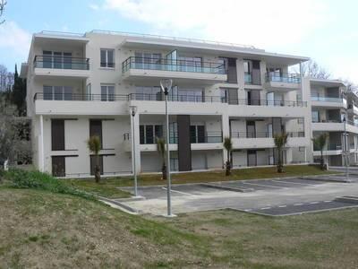 Location appartement 3pièces 60m² Cagnes-Sur-Mer (06800) - 1.250€