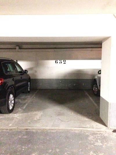 Location garage, parking Paris 3E - 180€