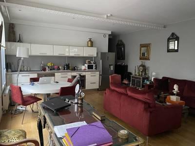 Vente appartement 2pièces 60m² Paris 10E - 769.000€