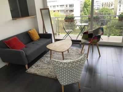 Location meublée studio 34m² Paris 15E - 1.250€