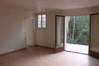 location appartement louer un appartement de particulier particulier pap. Black Bedroom Furniture Sets. Home Design Ideas