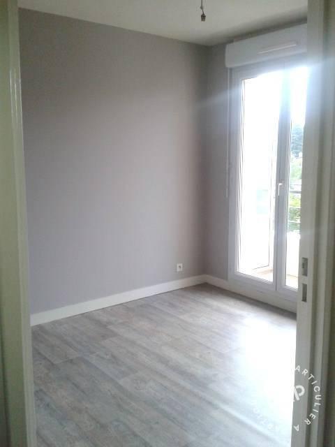 Location appartement 3 pi ces 65 m saint cyr sur loire for Chambre 9m2 avec placard