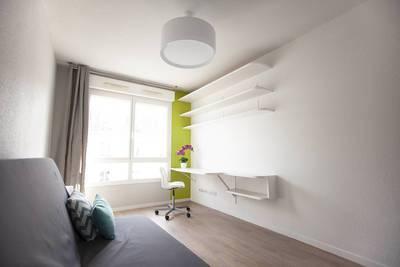 Location meublée studio 18m² Paris 19E - 735€