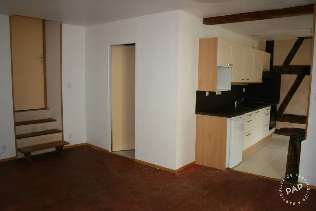 location studio 32 m chalon sur saone 71100 32 m 380 e de particulier particulier pap. Black Bedroom Furniture Sets. Home Design Ideas