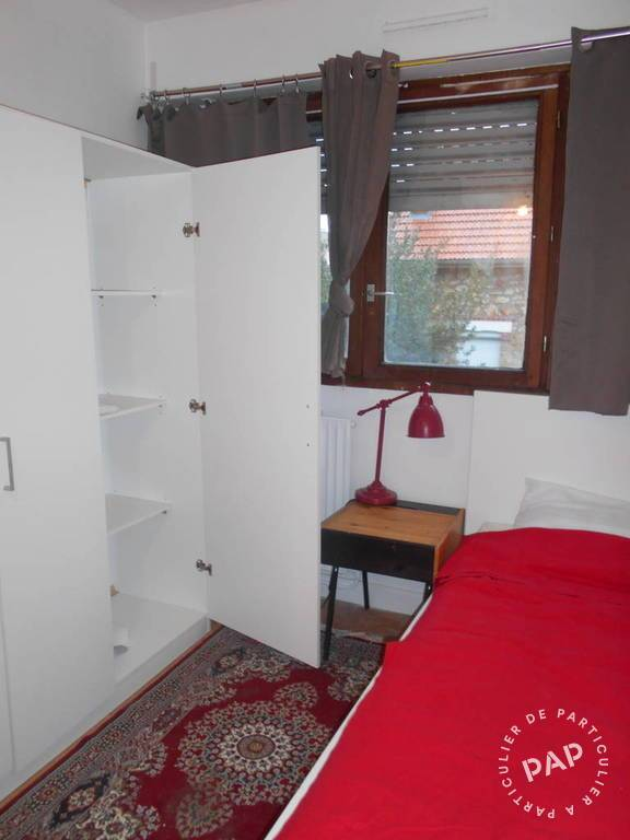 location meubl e chambre 9 m massy 91300 9 m 430. Black Bedroom Furniture Sets. Home Design Ideas