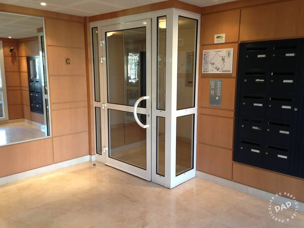 location studio 27 m argenteuil 95100 27 m 620. Black Bedroom Furniture Sets. Home Design Ideas