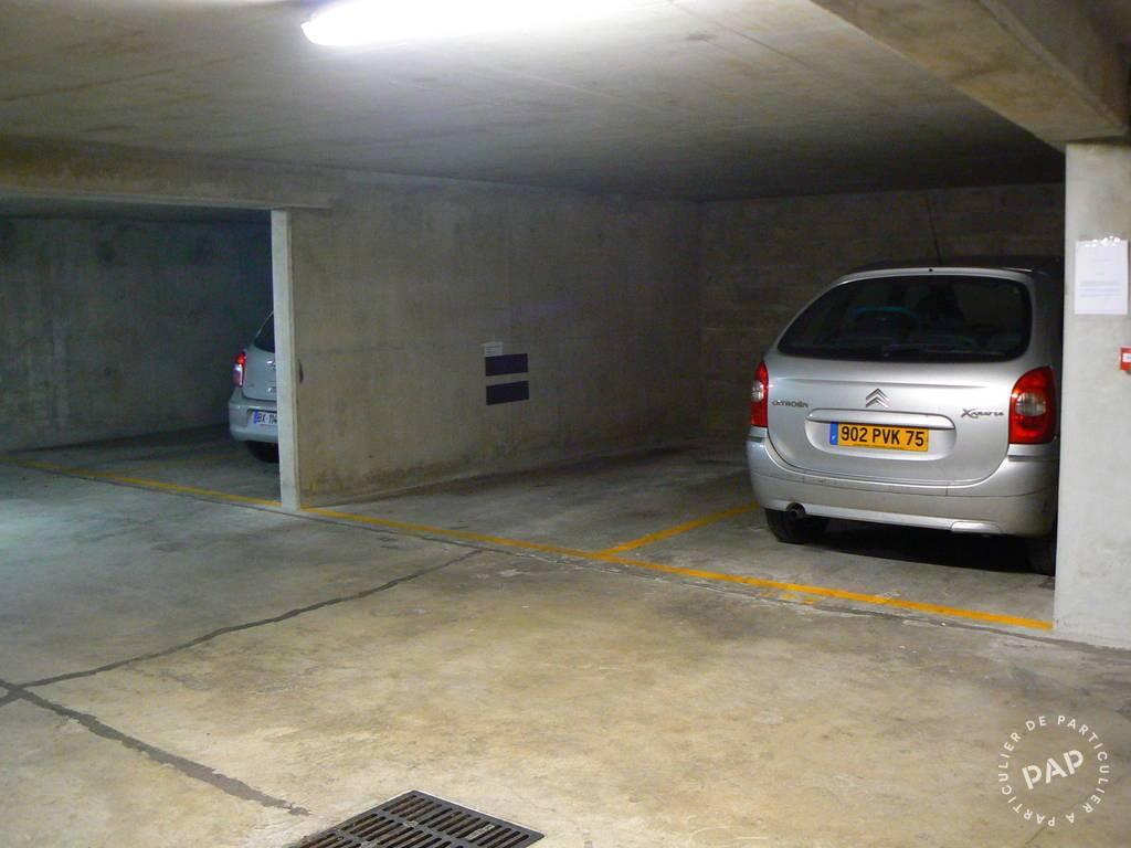 Location garage parking montrouge 92120 120 e de for Garage colin montrouge