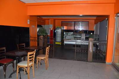 Location ou cession local commercial 99m² Chaville (92370) - 1.500€