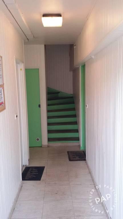 location appartement 2 pi ces 24 m epinay sous senart. Black Bedroom Furniture Sets. Home Design Ideas