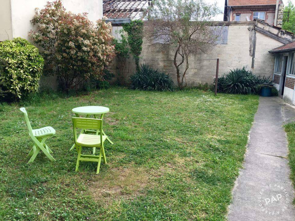 Location studio 27 m maisons laffitte 78600 27 m for Appartement a louer maison laffitte