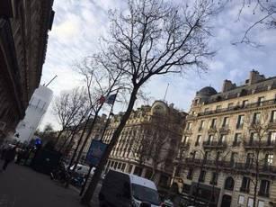 Location meublée appartement 3pièces 62m² Paris 2E - 1.990€