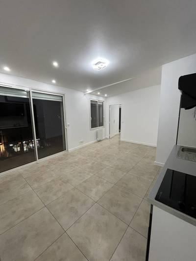 Location appartement 2pièces 45m² Le Blanc-Mesnil (93150) - 850€