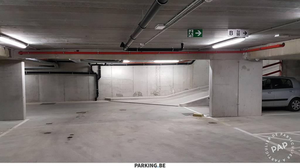 Location garage parking courbevoie 92400 90 de for Garage pires courbevoie