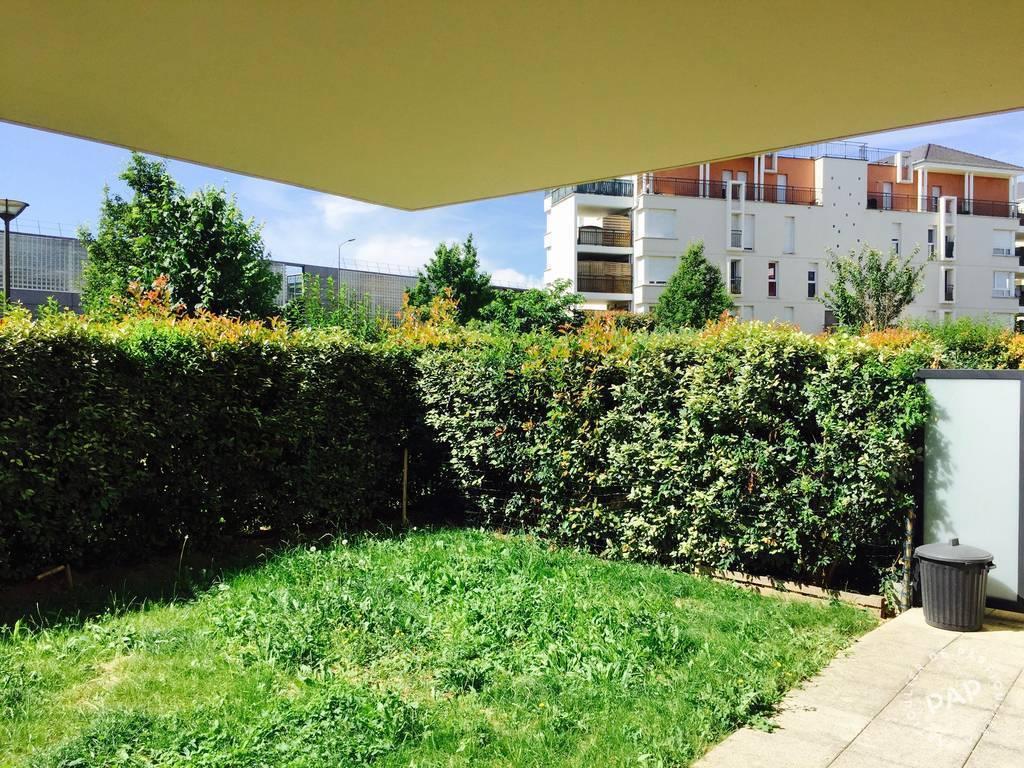 location appartement 2 pi ces 45 m creteil 94000 45 m 990 de particulier. Black Bedroom Furniture Sets. Home Design Ideas