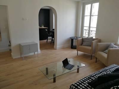 Location meublée appartement 3pièces 60m² Paris 10E - 2.280€