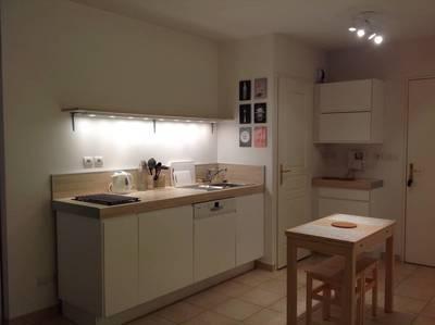 location appartement toulon appartement louer toulon 83 de particulier particulier pap. Black Bedroom Furniture Sets. Home Design Ideas