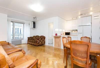 Location meublée appartement 5pièces 70m² Paris 12E - 2.770€
