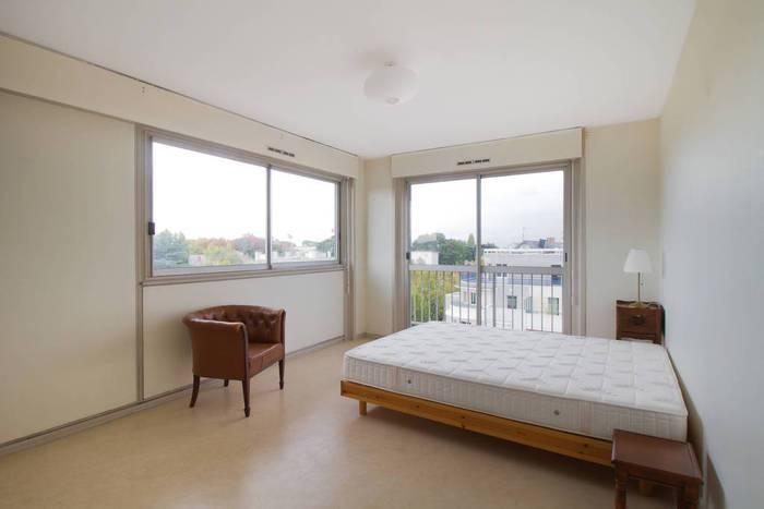 location meubl e appartement 4 pi ces 84 m nantes 44 84 m de particulier. Black Bedroom Furniture Sets. Home Design Ideas