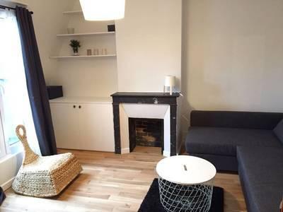 Location meublée studio 28m² Paris 11E - 1.100€
