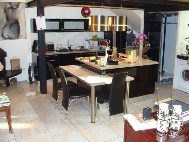 Vente appartement 5 pi ces 260 m salon de provence 13300 - Pieces detachees electromenager salon de provence ...