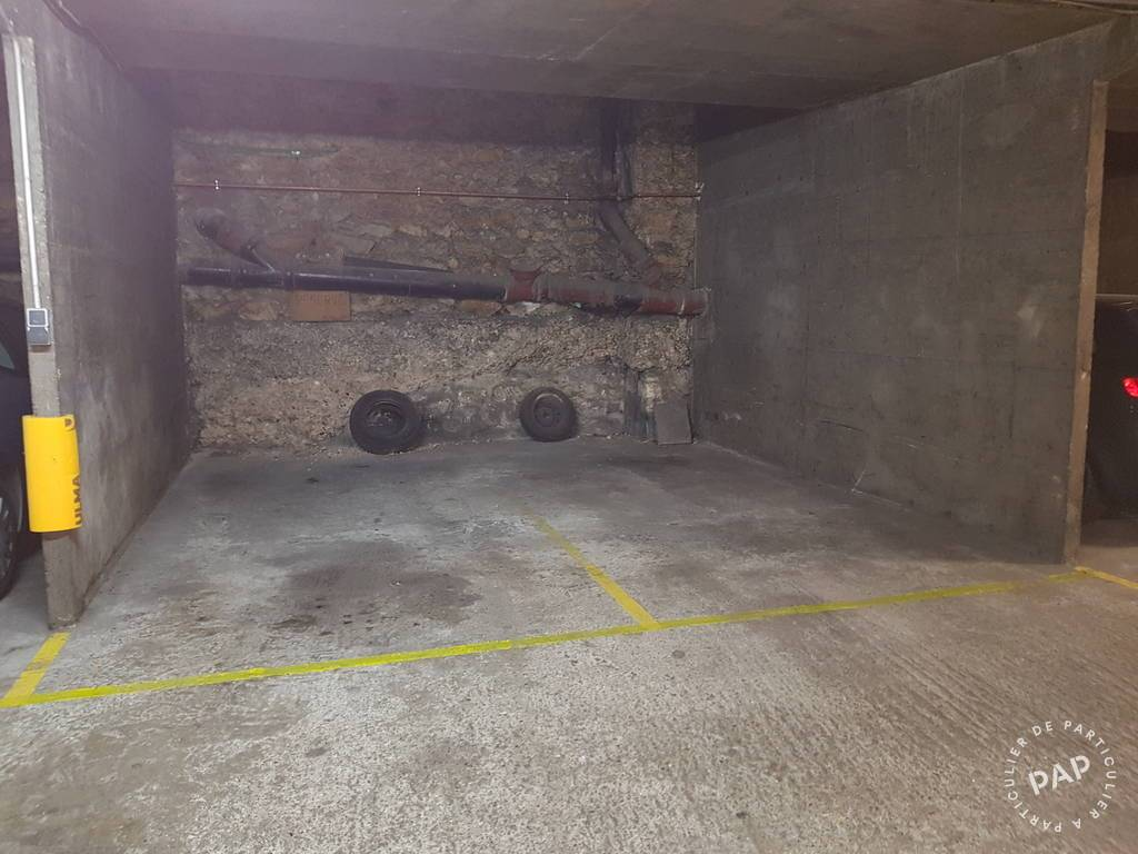 Location garage parking paris 17e 150 de for Location box garage particulier