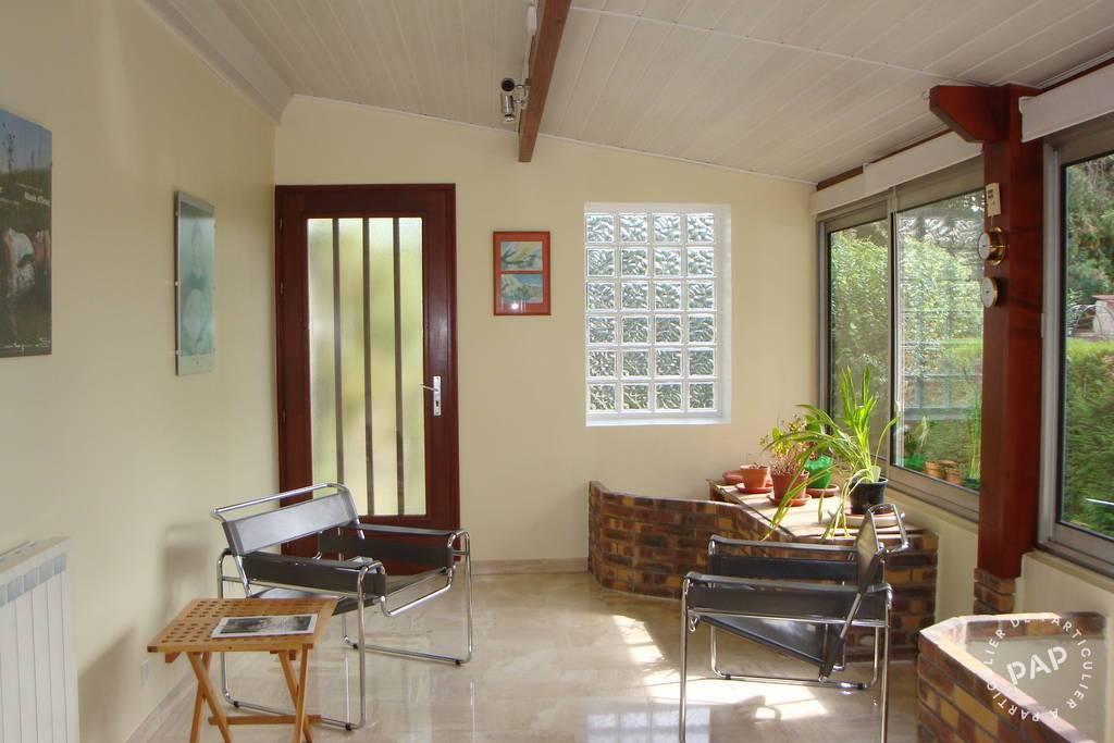 vente maison 134 m neuilly plaisance 93360 134 m e de particulier. Black Bedroom Furniture Sets. Home Design Ideas