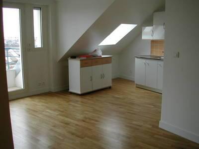 Location studio 23m² Epinay-Sur-Orge (91360) - 620€