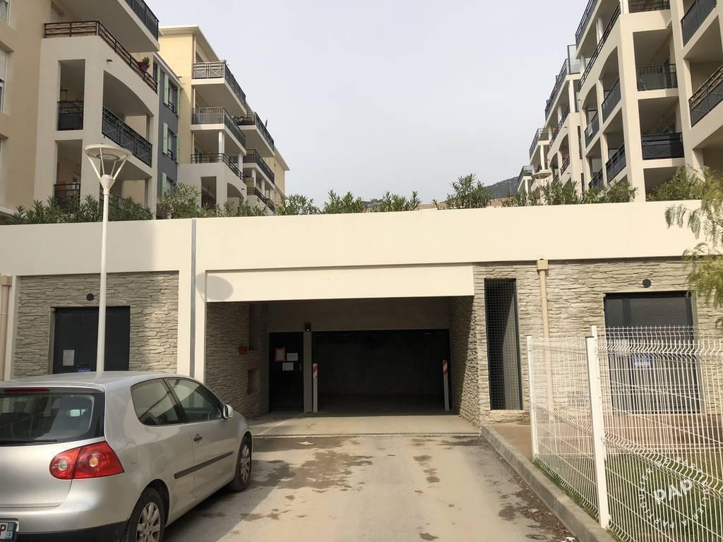 Location Garage, parking Toulon (83)  60€