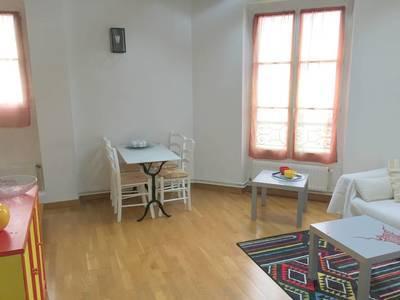 Location meublée appartement 2pièces 42m² Paris 18E - 1.250€