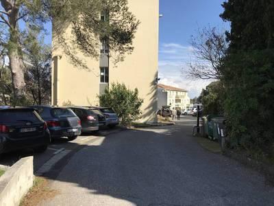 Bureaux, local professionnel Nimes (30) - 111m² - 75.000€