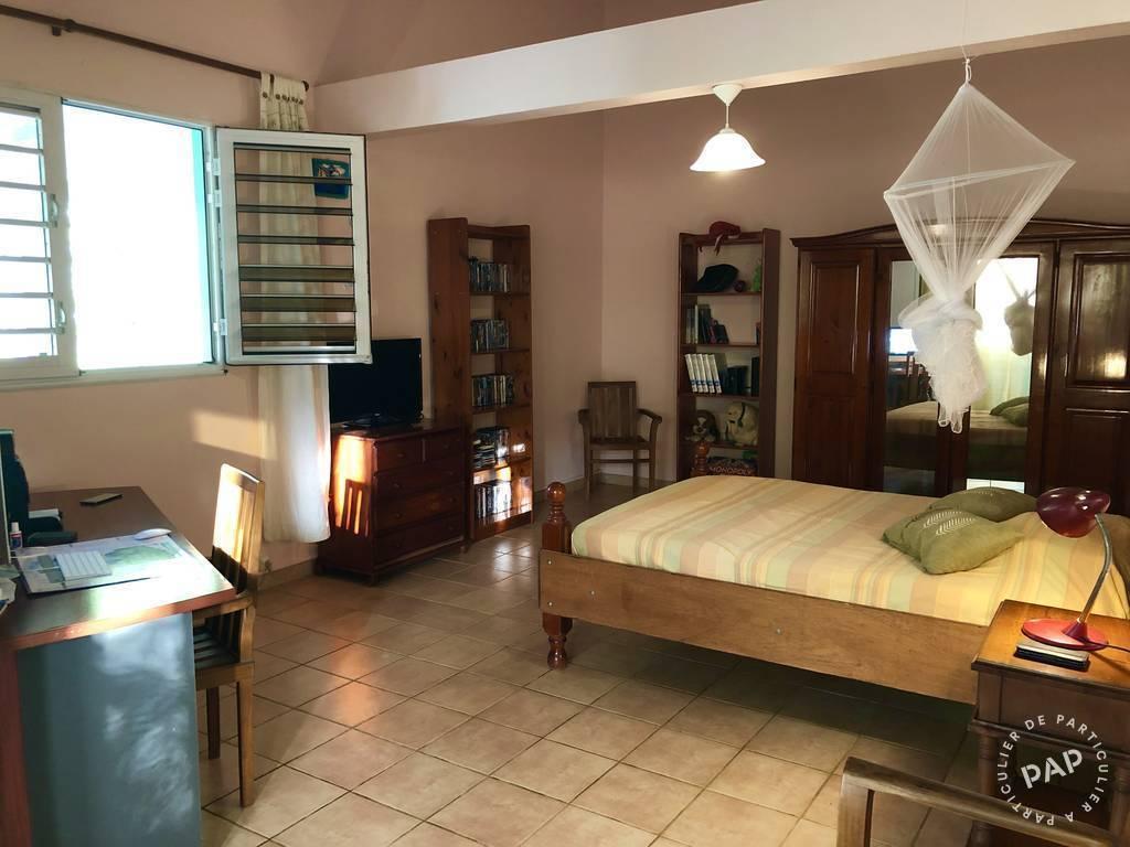 Immobilier Saint-Esprit (Martinique) 380.000€ 216m²