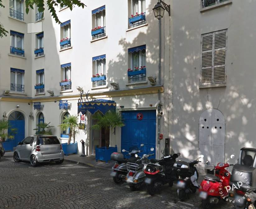 Location garage parking paris 17e 200 de for Location box garage particulier