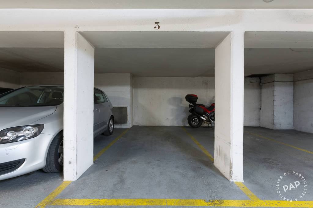 location garage parking paris 12e 140 de particulier particulier pap. Black Bedroom Furniture Sets. Home Design Ideas
