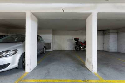 Location garage, parking Paris 12E - 140 €