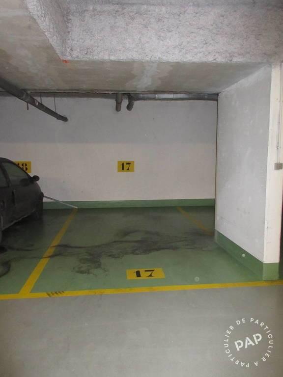 Location garage parking saint denis 93 75 de for Location garage box lorient
